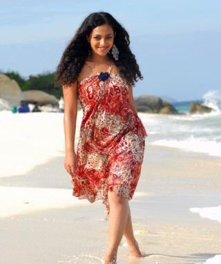 Nithya Menon Latest hot