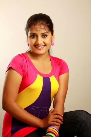 Sarayu mohan hot image